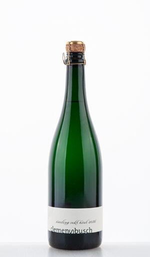 Riesling Sekt Brut traditionelle Flaschengärung 2016 Clemens Busch 300x513 - Glückssechser von LebendigeWeine.de