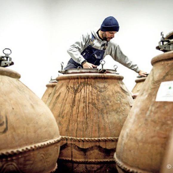 francesco cirelli at his amphorae